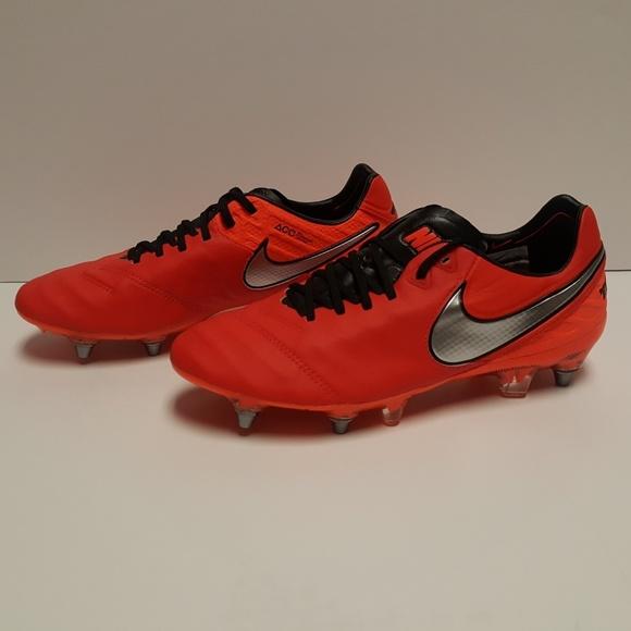 9e79760e0 Nike Mens Tiempo Legend VI 6 SG PRO Soccer Cleats.  M 5b771fb8de6f62ff3f678dc9